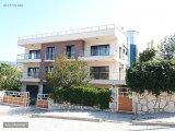 Güzeltepe Konaklarında Kurumsal Kiracılı Satılık Muhteşem Villa
