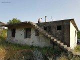 Manavgat da satılık müstakil tek tapu olup içinde 2+1 daire var